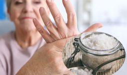 trị phong thấp bằng muối