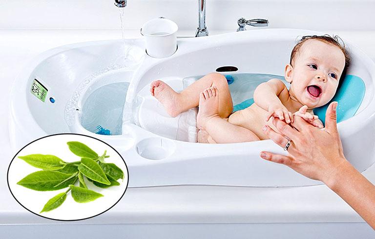 Sử dụng các loại lá tắm giúp thuyên giảm triệu chứng nhanh
