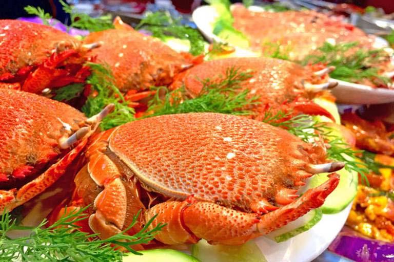 Nên sử dụng hải sản chín để tránh bị dị ứng