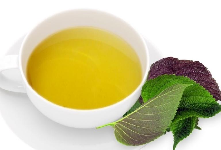 Uống nước sắc điều trị bệnh gout giúp làm giảm nồng độ acid uric dư thừa trong máu