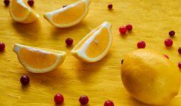 Ngoài ăn các thực phẩm giàu D-mannose, chúng ta cũng có thể bổ sung D-mannose qua thực phẩm chức năng