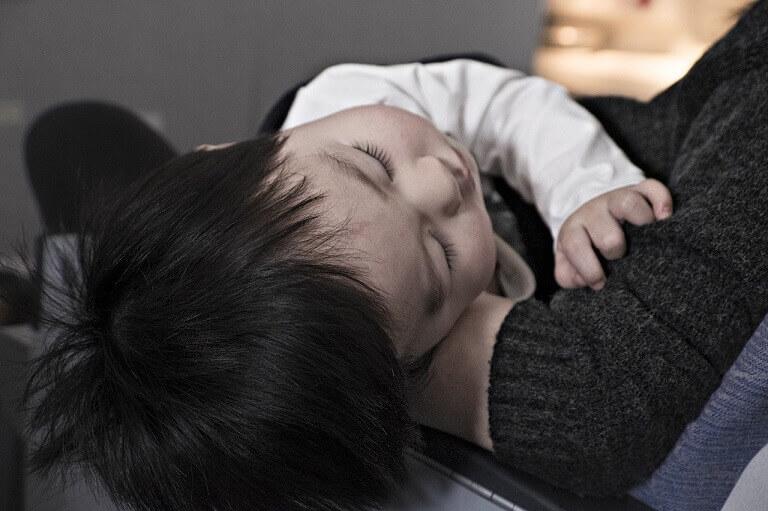 Viêm tiểu phế quản rất khó tự khỏi mà cần dùng tới thuốc điều trị.