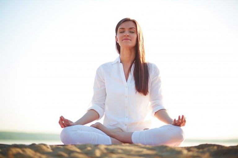 Thiền là một bài tập về điều chỉnh hơi thở tốt cho hệ hô hấp