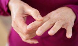 Biểu hiện bị tê ngón tay và cách chữa trị