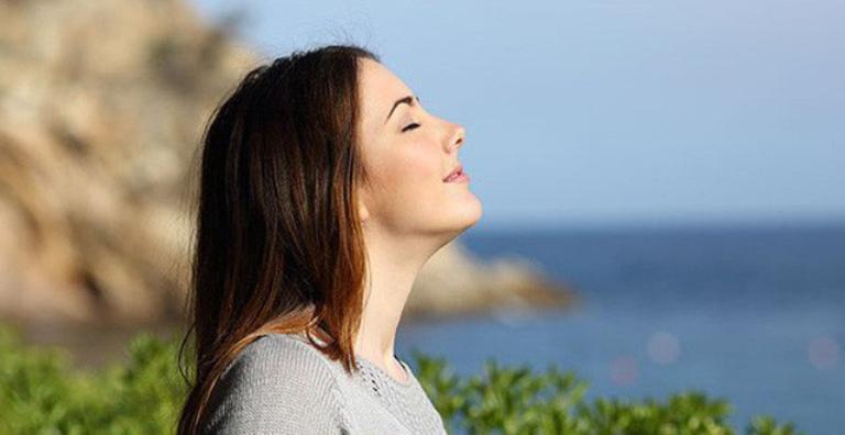 Dễ đi ngủ chỉ sau vài phút bằng phương pháp hít thở