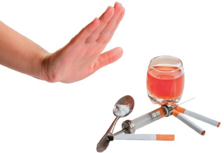 Nói không với rượu bia và thuốc lá trong suốt quá trình điều trị bệnh yếu sinh lý