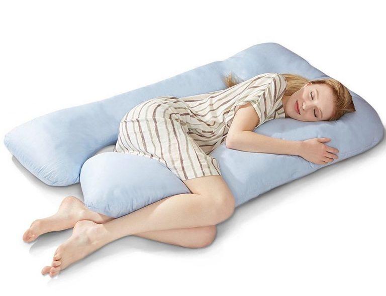 Mẹ bầu nên nằm nghiêng khi ngủ và sử dụng các sản phẩm hỗ trợ