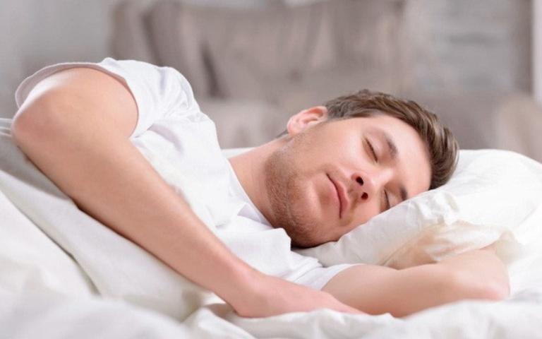 Giấc ngủ có ảnh hưởng rất lớn đến quá trình điều trị bệnh yếu sinh lý ở nam giới