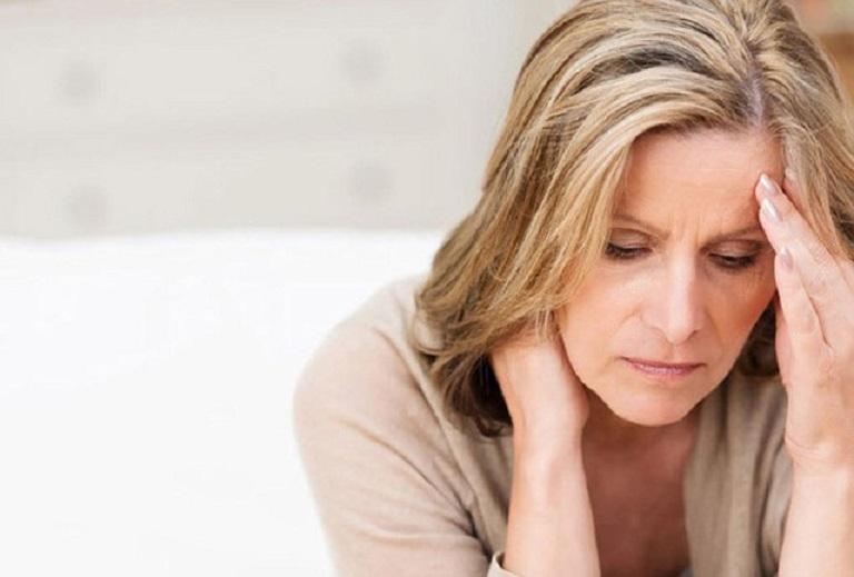 Phụ nữ tiền mãn kinh không có ham muốn tình dục do bị thiếu hụt hormone estrogen
