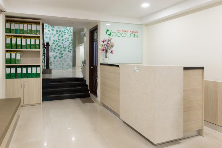 Phòng khám Ngọc Lan khang trang và sạch sẽ, tạo cảm giác thoải mái cho người bệnh khi đến đây