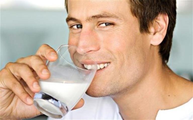 Thói quen uống sữa đậu nành và ăn đậu này sẽ mang lại rất nhiều lợi ích cho sức khỏe và sinh lý nam
