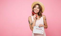 Lượng hormone estrogen tăng cao khiến phụ nữ tăng ham muốn trong kỳ kinh