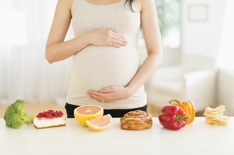 Mẹ bầu không máy mắc phải tiểu đường thai kỳ cần đặc biệt cẩn trọng trong ăn uống