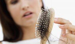 Tóc rụng nhiều ở nữ là một hiện tượng phổ biến hiện nay