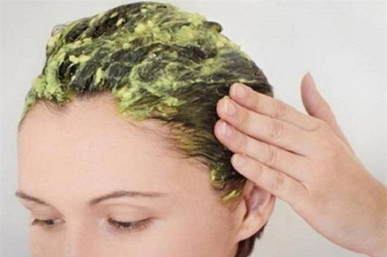 Mặt nạ khắc phục tóc hư tổn từ quả bơ