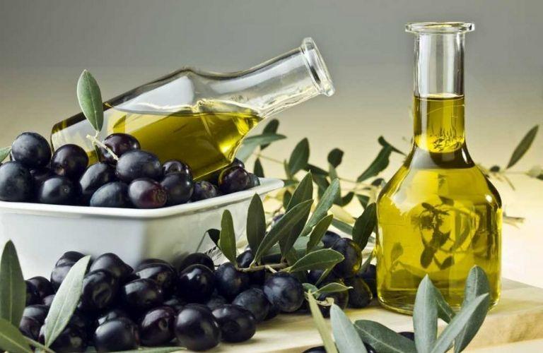 Trị tàn nhang tại nhà từ thiên nhiên với dầu oliu