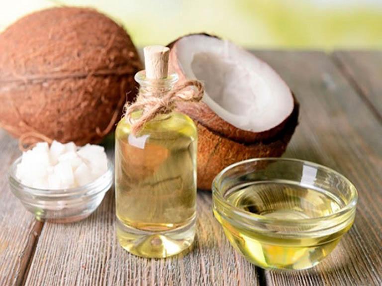 Cách trị thâm mụn cho da nhờn bằng dầu dừa