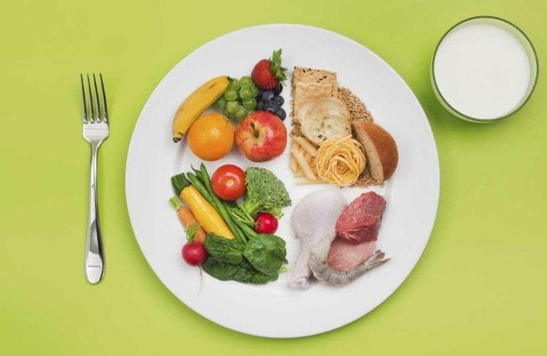 Duy trì một chế độ ăn khoa học
