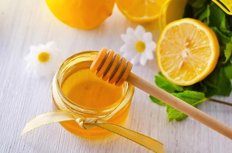 Mặt nạ trị nám trắng da từ chanh mật ong