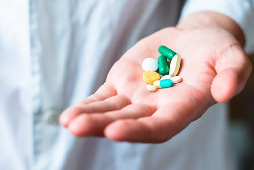 Sử dụng tân dược gây ra nhiều hệ lụy đối với sức khỏe của diễn viên Bá Anh