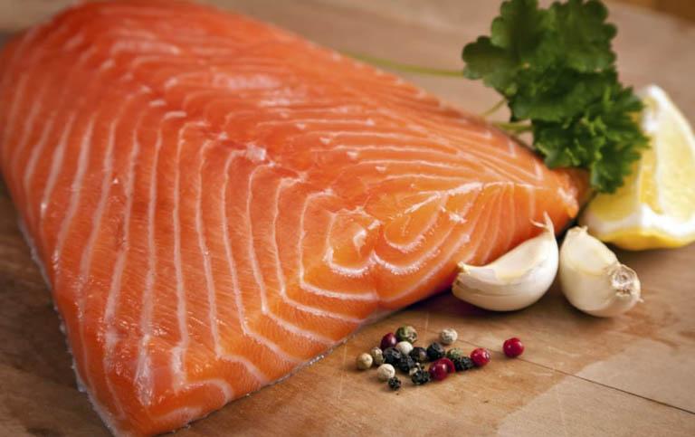 cá hồi là thực phẩm tốt cho gan