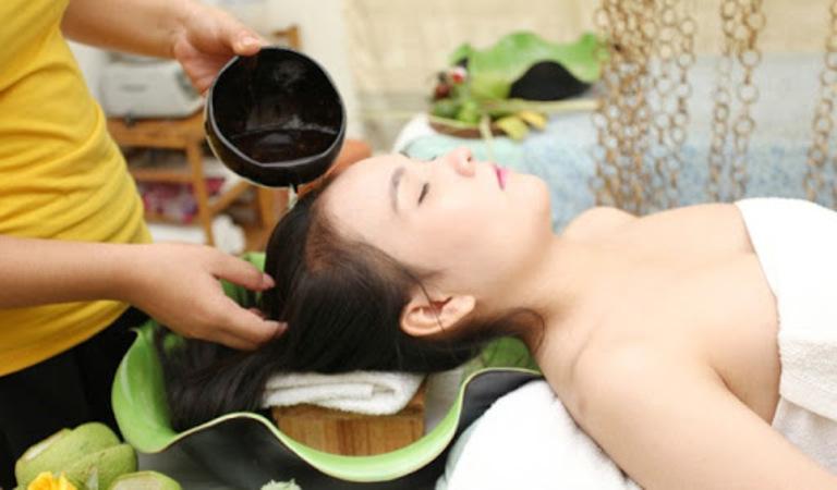 Gội đầu đúng cách, làm sạch hiệu quả để tóc không hư tổn