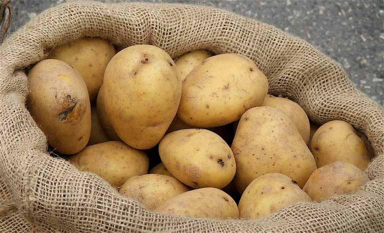 Trị thâm nám tại nhà hiệu quả bằng khoai tây