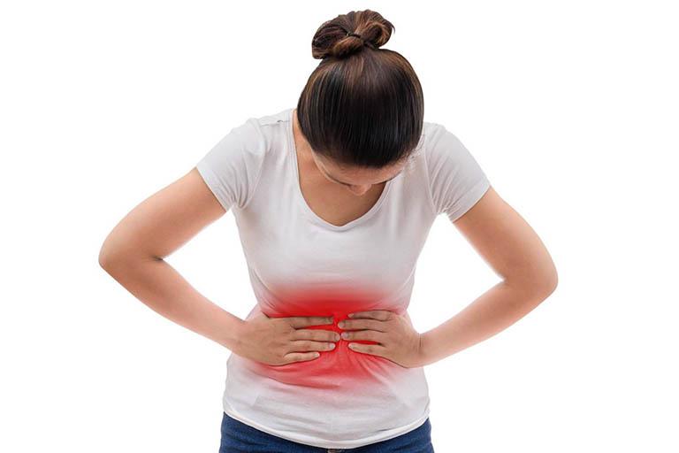 Dùng Neopeptine với liều quá cao khiến bệnh nhân bị đau bụng quặn, buồn nôn và tiêu chảy