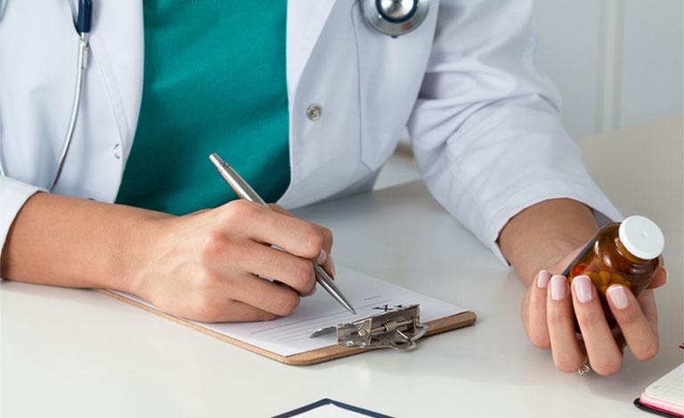 Cách uống thuốc Tây không hại dạ dày