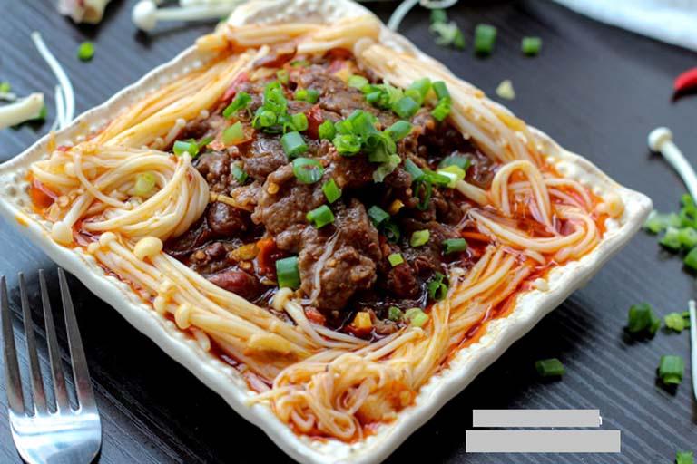 Mẹ bầu nên bổ sung vào chế độ ăn uống hàng ngày món thịt bò xào nấm kim châm