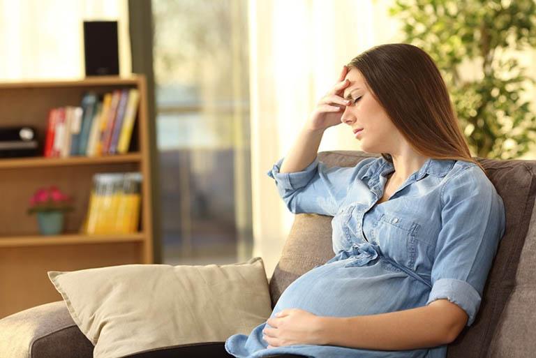 Dùng nha đam quá nhiều sẽ ảnh hưởng xấu đến hoạt động của hệ tiêu hóa của mẹ bầu