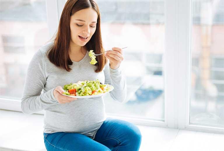 Mẹ bầu không tăng cân có sao không