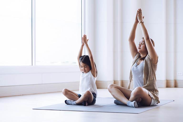 Giúp trẻ tăng cường vận động