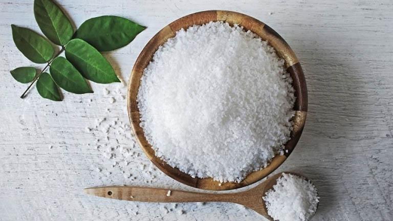 cách chữa chàm khô cho trẻ em bằng muối