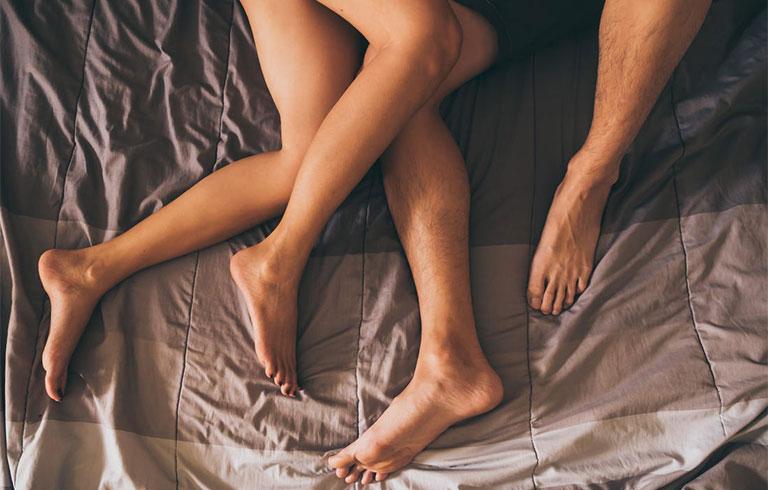 Phụ nữ quan hệ nhiều có nhanh già không