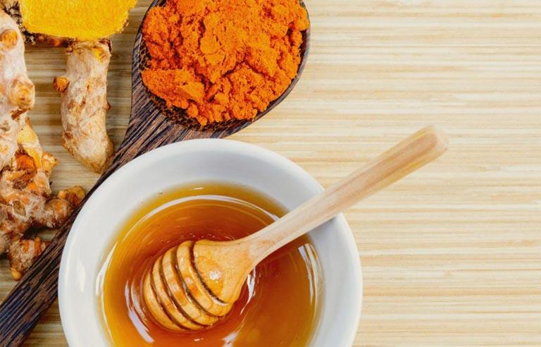 Dùng nghệ và mật ong chữa bệnh dạ dày cho em được đánh giá cao về hiệu quả mang lại
