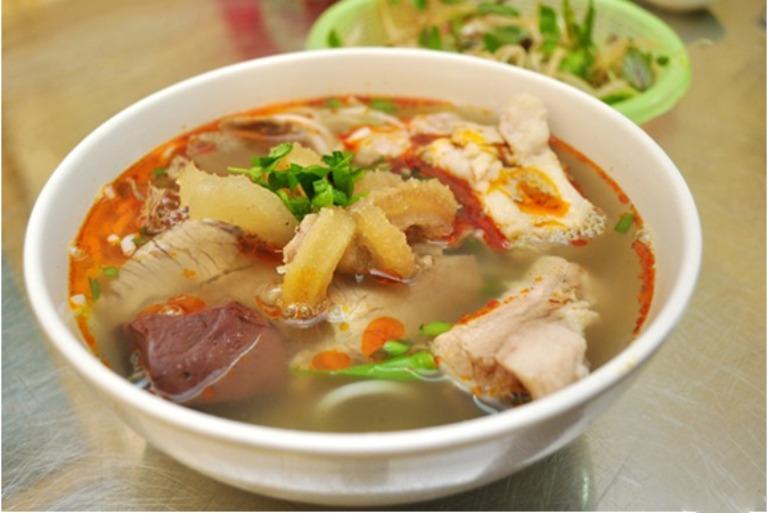 Súp ngẩu pín bò là món ăn bài thuốc dành cho nam giới trưởng thành giúp tăng cường sức khoẻ sinh lý