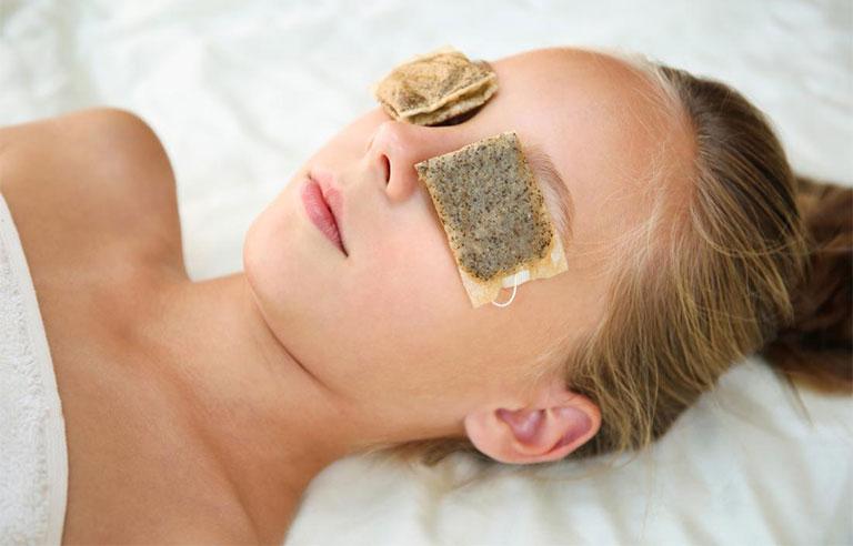 điều trị viêm mũi dị ứng gây thâm mắt
