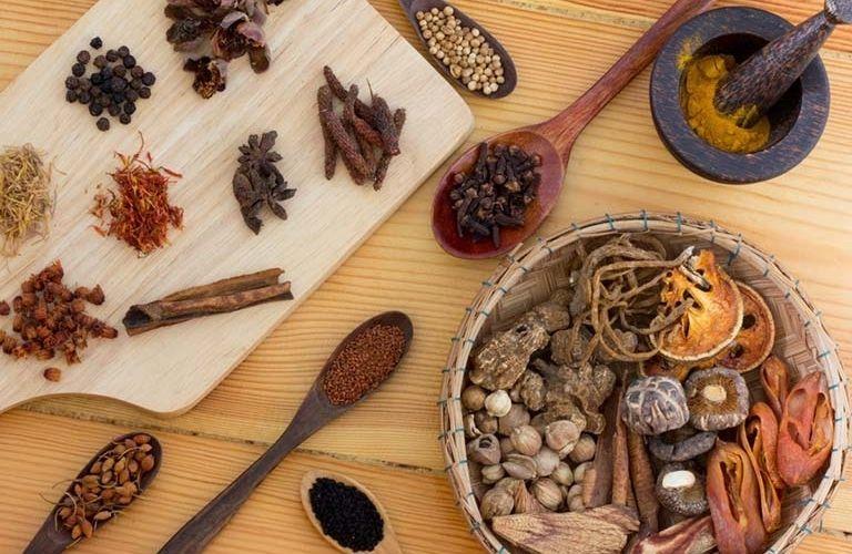 Các bài thuốc chữa vô sinh theo Đông y được kết hợp từ nhiều thảo dược quý hiếm