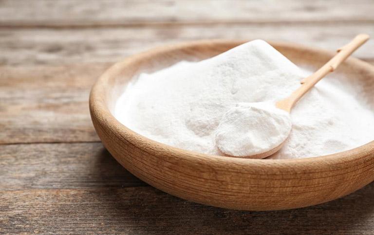 Dùng kết hợp kem đánh răng với baking soda trị mụn thịt giúp đẩy nhanh tốc độ hồi phục