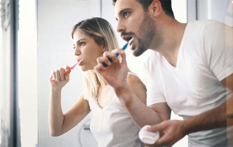 Cách trị chảy máu chân răng