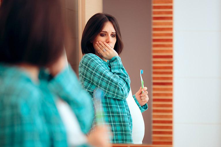 điều trị viêm chân răng cho bà bầu