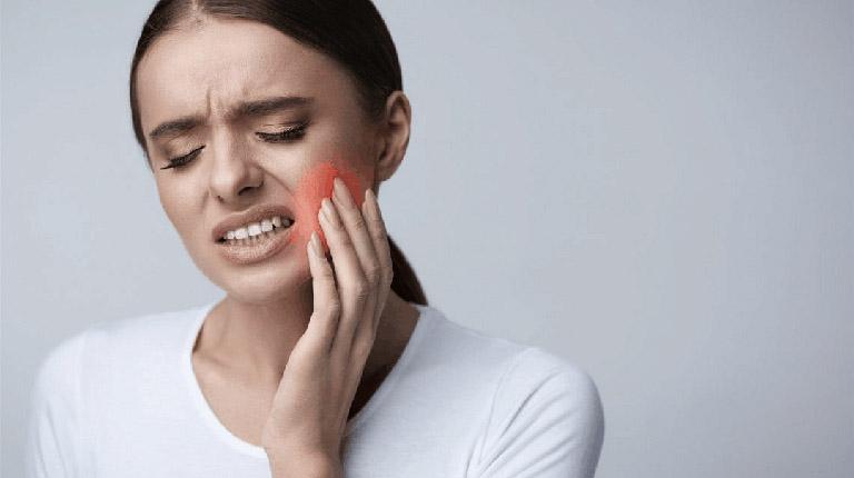 nguyên nhân răng khôn bị lợi trùm