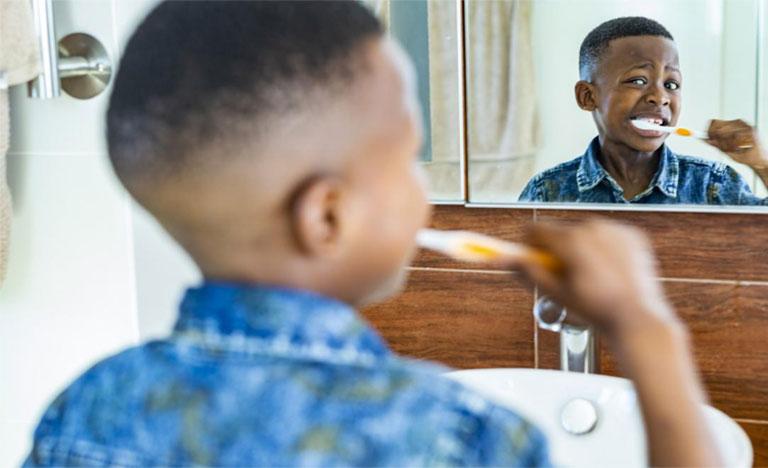 chữa viêm chân răng có mủ tại nhà