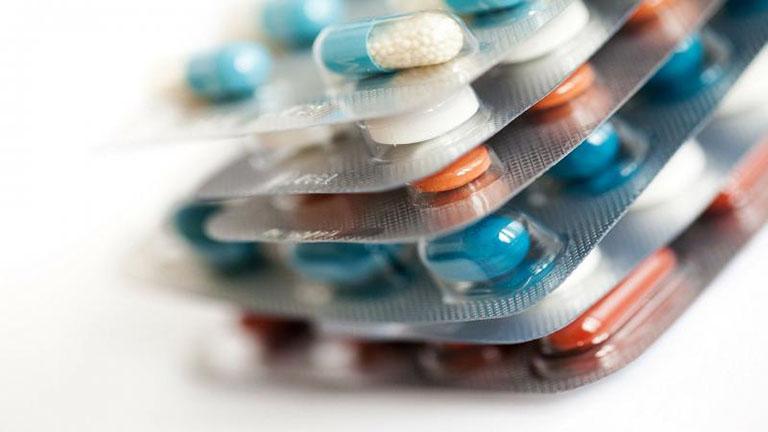 viêm lợi trùm có mủ ở trẻ em