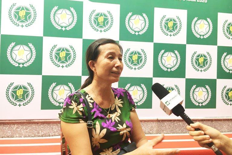 Cô Hoàng Thị Hường là một trong những bệnh nhân của lương y Đăng đã điều trị khỏi căn bệnh xương khớp