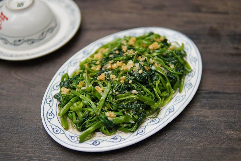 Sử dụng món ăn chế biến từ rau muống mai lại nhiều lợi ích cho hệ tiêu hóa