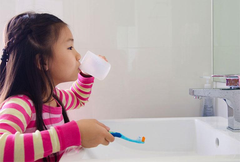 điều trị đau răng ở trẻ em