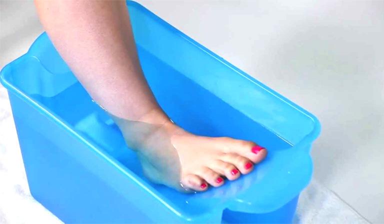 Cách chữa gai gót chân tại nhà
