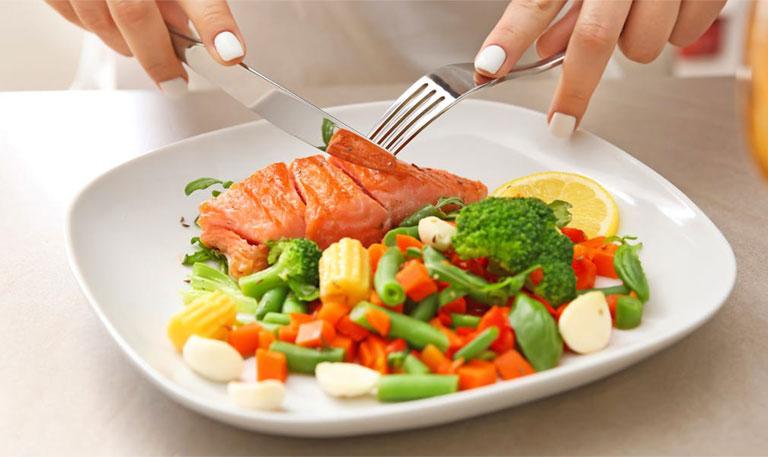 Lạc nội mạc tử cung nên ăn gì